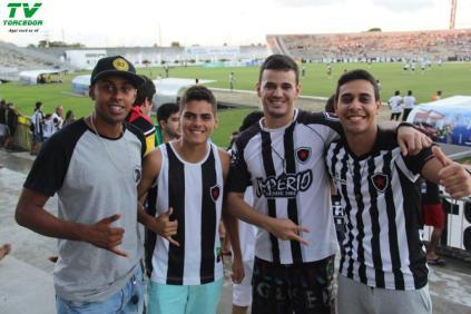 Botafogo 2x1 River (100)