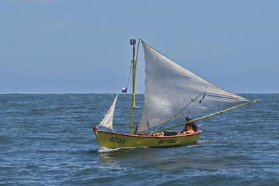 Artesanal fisherman returning to Bahia Corral, the boat is called Sin Piedad (No Mercy)
