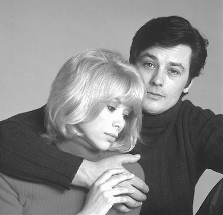 Cinema: morta Mireille Darc. Era stata la compagna di Alain Delon