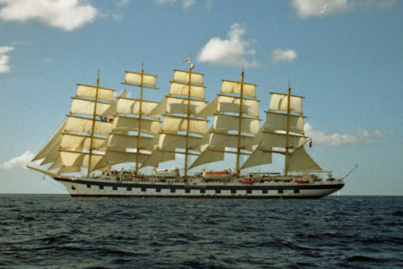 Nautica, Viareggio: approdata Royal Clipper, veliero a 5 alberi e 42 vele
