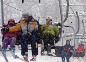 Abetone (Pt): apertura anticipata delle piste, ci sono dai 30 ai 60 cm di neve