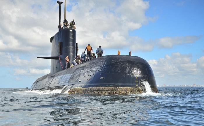 Argentina: sottomarino disperso lancia segnali, si lavora per localizzarlo