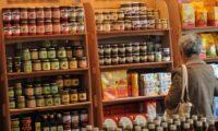 Commercio: Confesercenti, allarme per i consumi 2018, scongiurare aumenti Iva
