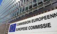 Ue chiede tagli alle pensioni, ma rinvia a ottobre la valutazione dei conti dell'Italia