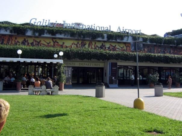 Aeroporti Toscana: Rossi d'accordo con Toninelli, puntare su Pisa, E rilancia il tunnel Tav