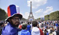 Mosca 2018: Macron twitta «Allez les Bleus!», tutta la Francia davanti ai maxischermi