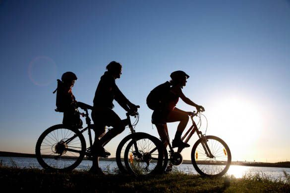 5 Safety Tips For Cycling With Your Kids