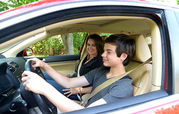 How To Be The Best Driving Instructor For Your Kids
