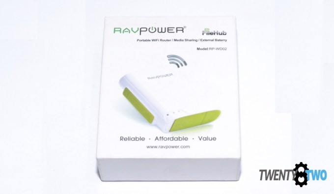 twenty8two-ravpower-filehub-power-bank-portable-router-media-streamer