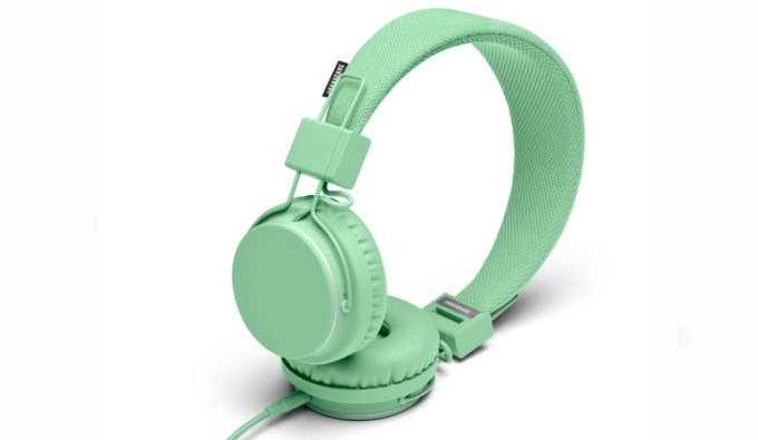 urbanears-twenty8two-landscape-interior-03