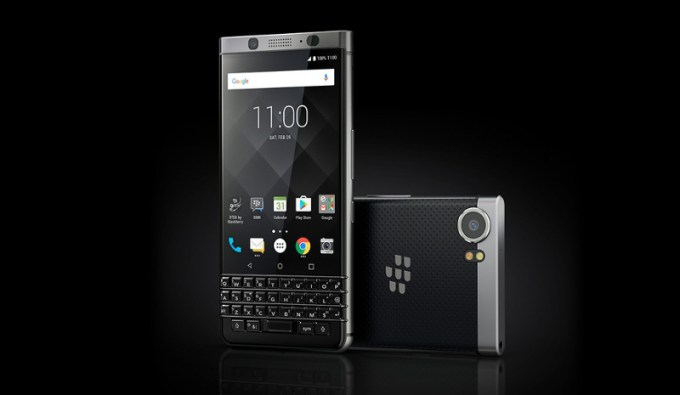 blackberry-keyone-mwc-2017-tcl-image-1