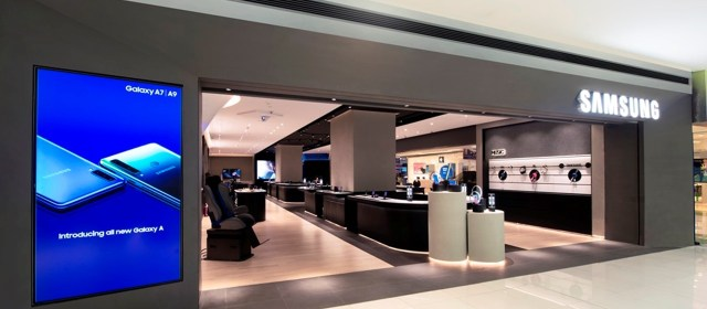 Samsung Reopens Flagship PH Store