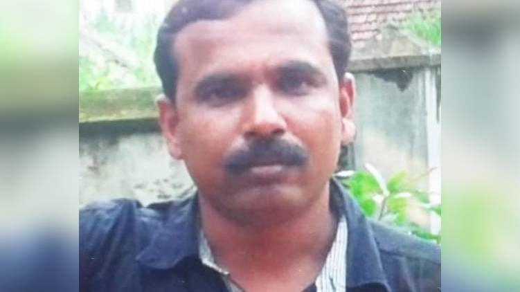 father kills son in udayamperoor A father hacked his son to death in Ernakulam