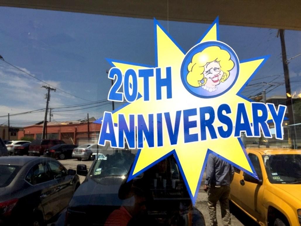 20thAnniversaryLulusBakeryCafe