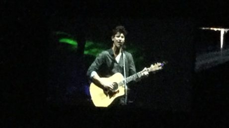 Shawn Mendes Concert Guitar Singing