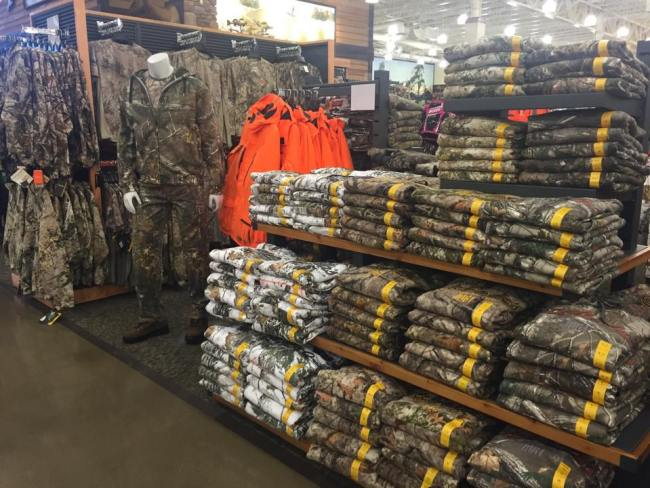cabelas_clothing