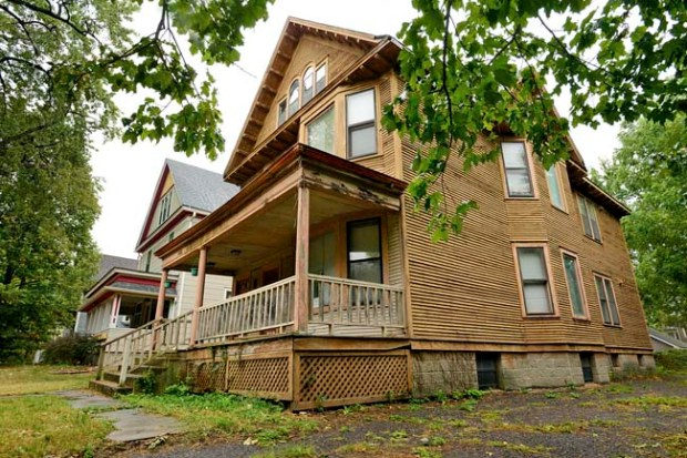 A home at 466 Iglehart Avenue was photographed in St. Paul on Wednesday September 12, 2012. (Pioneer Press: Richard Marshall)