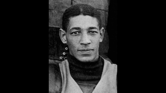 Bobby Marshall played end for the Minnesota Gophers football team from 1904 through 1906, before going on to play professionally. Photo courtesy of the National Football Foundation.