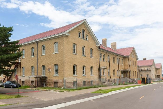 Fort Snelling building 18 is the historic cavalry barracks, a building the Minnesota Historical Society plans to restore. (Photo by Brady Willette, courtesy of the Minnesota Historical Society)