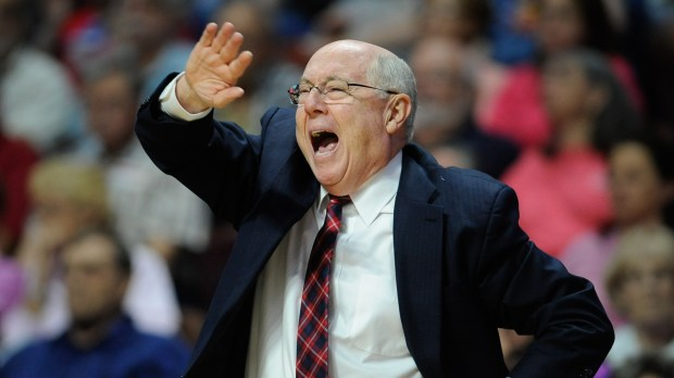 Washington Mystics head coach Mike Thibault calls out to officials during the first half of a WNBA basketball game against the Connecticut Sun, Tuesday, June 14, 2016, in Uncasville, Conn. (AP Photo/Jessica Hill)