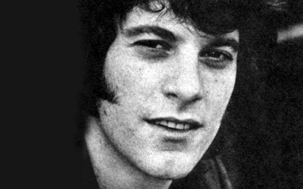 Singer-guitarist Warren Entner of the Grass Roots is 72. Though not in this decades-old photo. (Courtesy of the-grassroots.com)