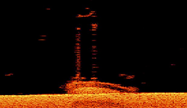 A sonar image of the wreck of the Antelope sitting on the bottom of Lake Superior near the Apostle Islands. (Image courtesy of Jerry Eliason, Ken Merryman and Kraig Smith)