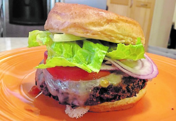 Black Bean Burger (Pioneer Press: Jess Fleming)