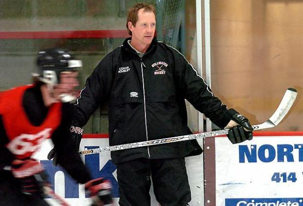 Phil Housley coaches Stillwater High School hockey players during a 2004 practice. (Pioneer Press file: Sherri LaRose-Chiglo)