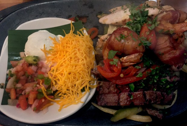 Fajitas Tres at Cantina Laredo at the Mall of America on November 1, 2016. (Pioneer Press: Nancy Ngo)
