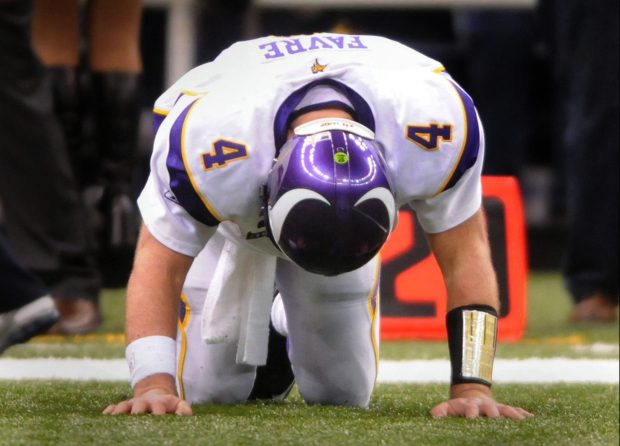 Minnesota Vikings quarterback Brett Favre reacts after a fumble by Percy Harvin during the fourth quarter in the NFC Championship game at the Louisiana Superdome, Sunday, January 24, 2010 in New Orleans, La. (Ben Garvin / Pioneer Press)