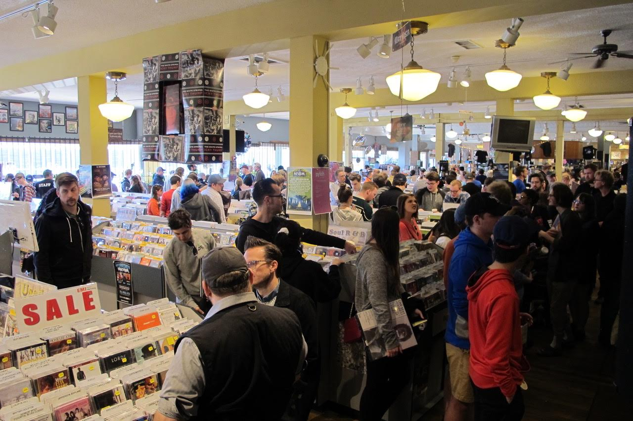 Record Store Day special vinyl LPs includes Bowie, Prince and Taylor Swift