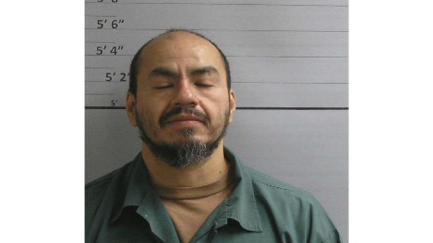Federal inmate from Duluth prison on the run after escaping