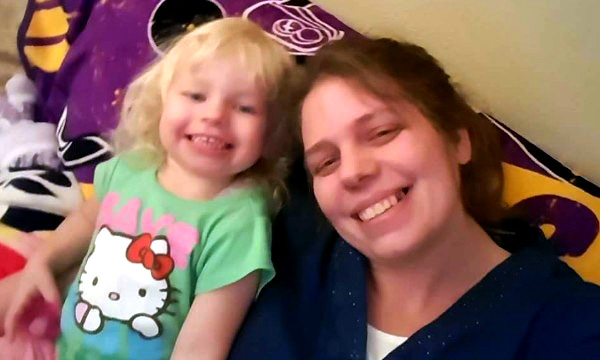Brea Miller, right, and her daughter Izzy. The Minnesota State Patrol saidthe death of Miller, a 31-year-old St. Paul mother, might have been caused by a distracted driver who drove into the rear end of the vehicle she was riding in.Brea Amanda Miller diedin the hospital May 4, 2016 three days after the car she was in, which was beingdriven by her fiance Michael Bain,was involved in a crash on northbound Interstate 35W at County Road D in New Brighton. (Courtesy photo)