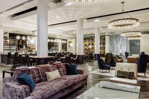 Hotel Covington Lobby. (Guillaume Gaudet/Hotel Covington