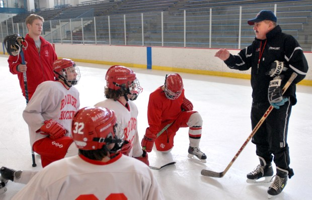Coach Larry Hendrickson, in his second year coacching at Benilde-St. Margaret's, talks with his players at the St. Louis Park Recreation Center on Feb. 4, 2006. Hendrickson, who led Richfield and Apple Valley to state finals and father of Wild assistant coach Darby Hendrickson, passed away Friday, June 15. 2018 at the age of 75, according to family friend Kimberly Albert. (Ben Garvin / Pioneer Press)