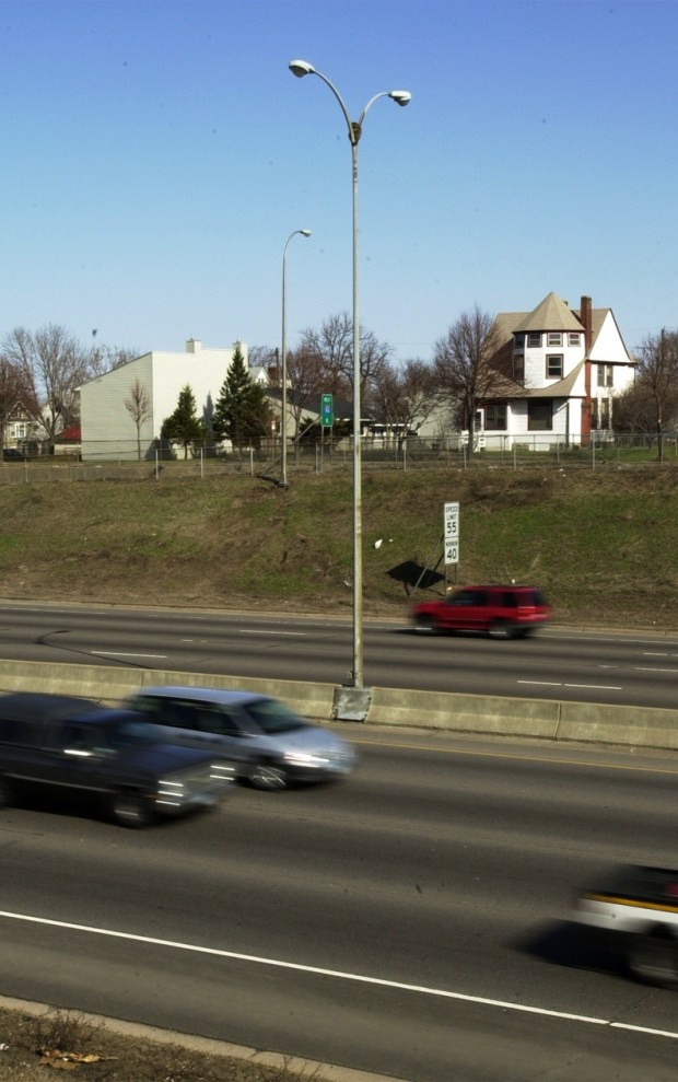 A raccoon spent the day Tuesday, April 17, 2001, on top of a 60-foot light pole in the median of Interstate 94, just west of Dale Street. It spent the time looking around, as well as sleeping. Pioneer Press file photo)