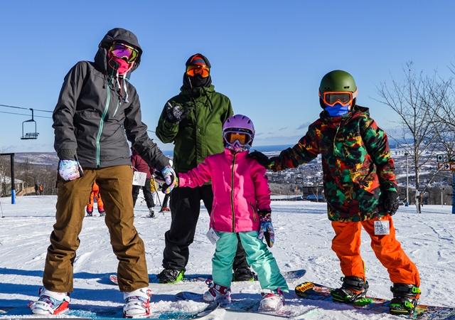 Spirit Mountain Kids Skiing