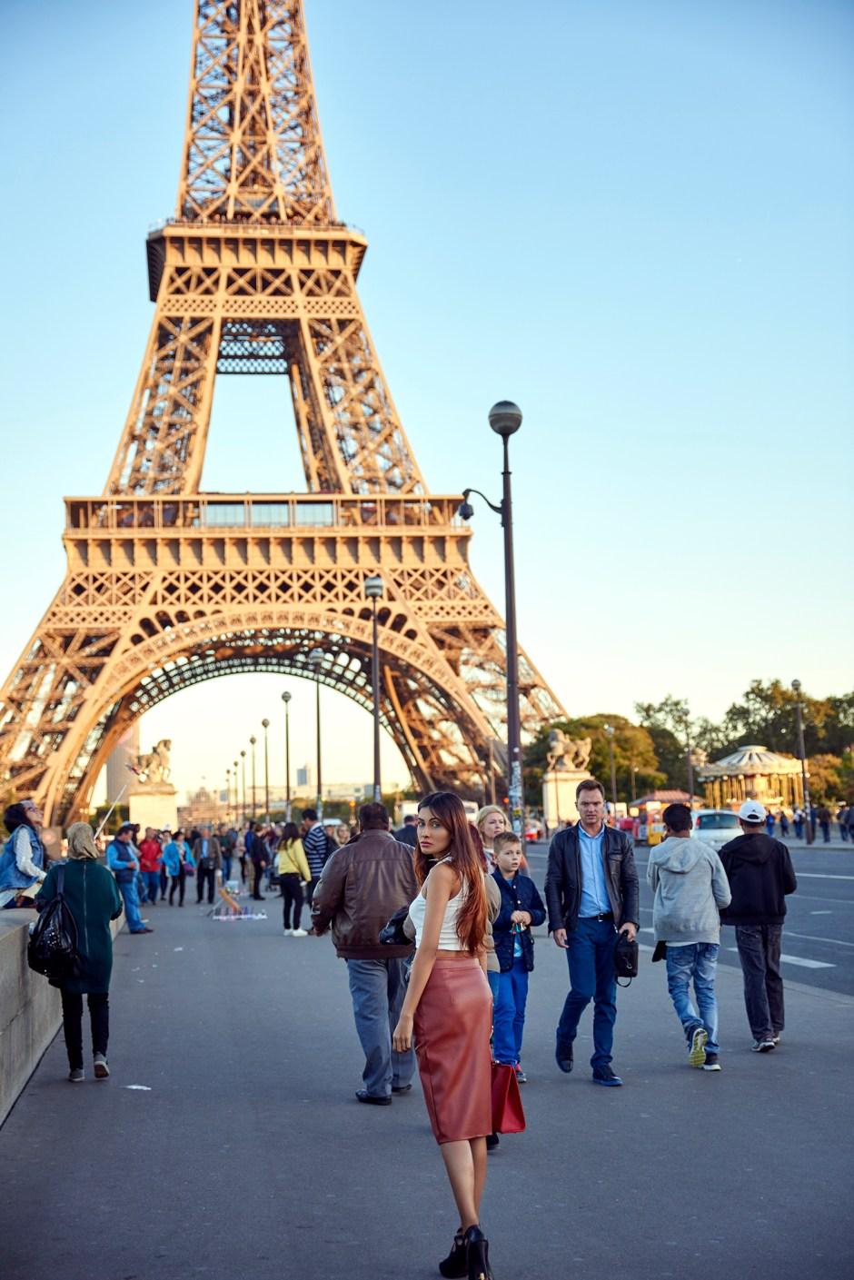 Being-a-tourist