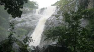Palaruvi Waterfalls