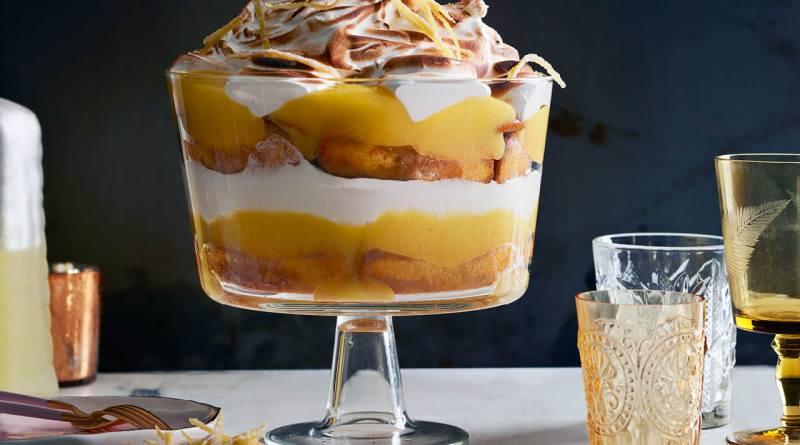 Lemon curd trifle