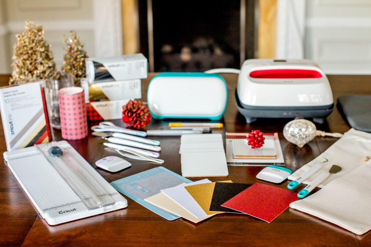 holiday gifts with cricut joy