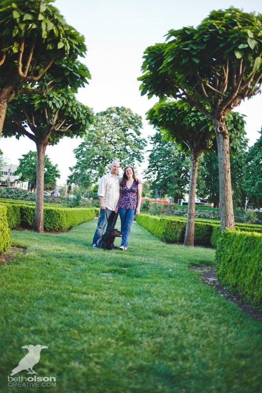 Ashley-Michael-Engagement-Peninsula-Park-Portland-BethOlsonCreative-018