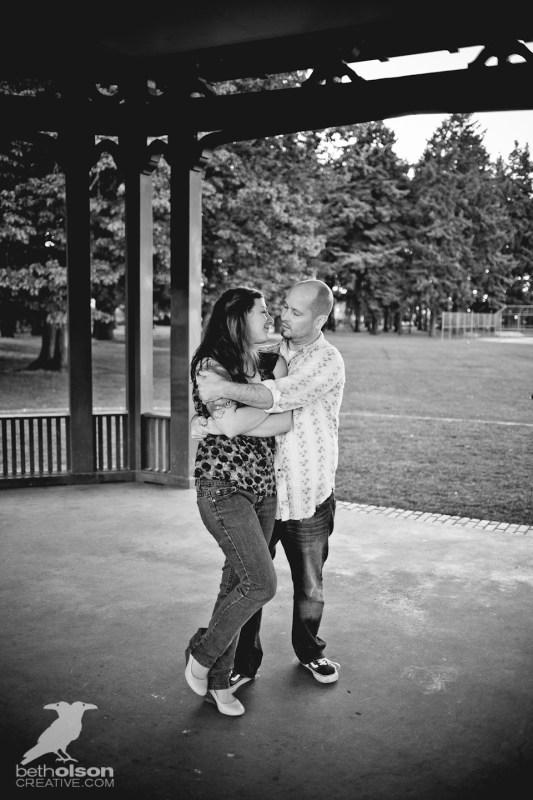 Ashley-Michael-Engagement-Peninsula-Park-Portland-BethOlsonCreative-063