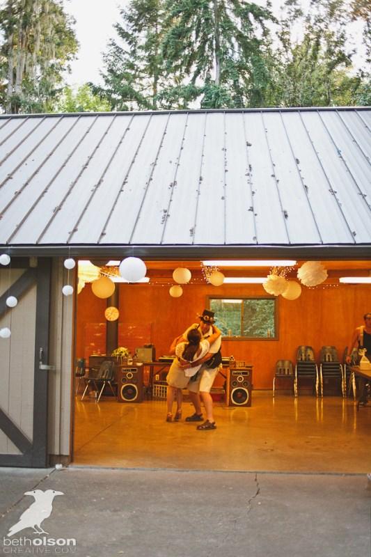Cristina-Matt-Steampunk-Wedding-Champoeg-Park-BethOlsonCreative-085acl