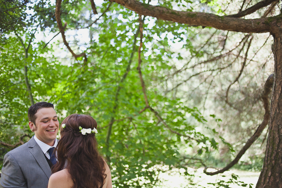Ashley-Ian-Hoyt-Arboretum-Forest-Wedding-Portland-BethOlsonCreative-044
