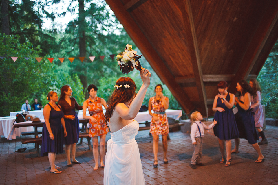 Ashley-Ian-Hoyt-Arboretum-Forest-Wedding-Portland-BethOlsonCreative-166