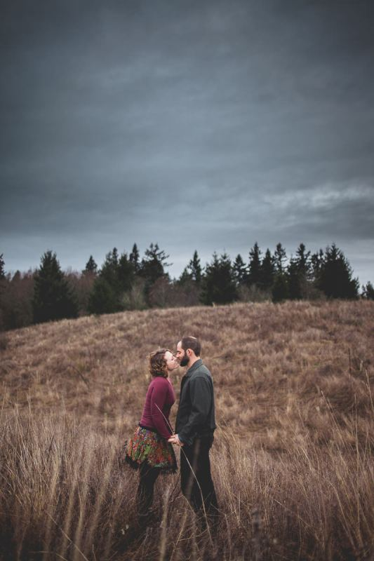 Lesley + Jordan's Powell Butte Hiking Engagement Adventure