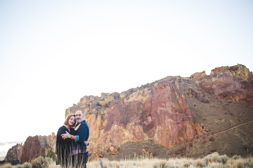CC-Smith-Rock-Alternative-Engagement-Photography-TwistedAisleWeddings-115