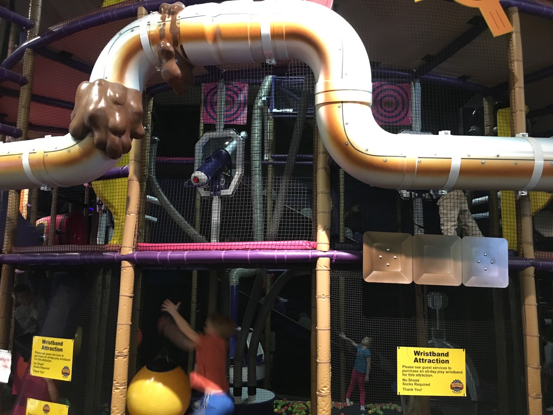 General shot of the play area.