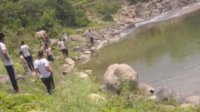 Five youths died due to drowning